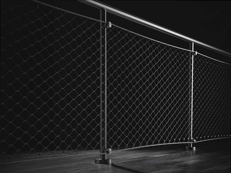 railing_cobweb_foto_01